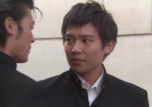 koidekeisuke 300x211 小出恵介の熱愛彼女はこれ!英語力が凄い理由は?収録中に中耳炎とは?