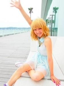 ami2 225x300 E girls 中島 麻未(Ami)風メイクの5つのポイント!気になるファッションはこれ!