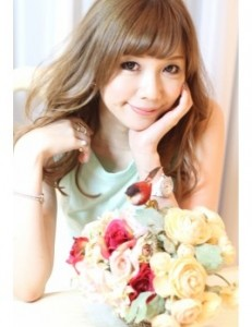 kawaharaerisa 231x300 EXILE・MAKIDAIの熱愛彼女へ行ったDVの噂とは?父親も凄かった!