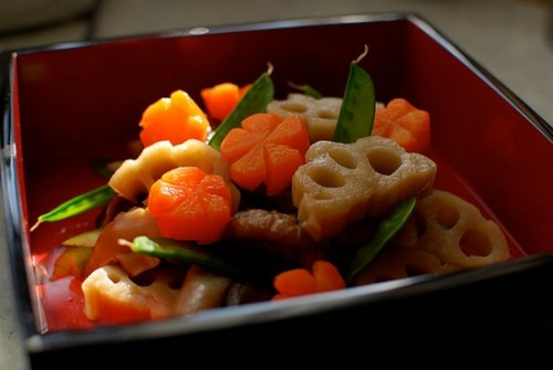 yonosachi 500x335 【3分でわかる】おせち料理の重箱への詰め方と意味
