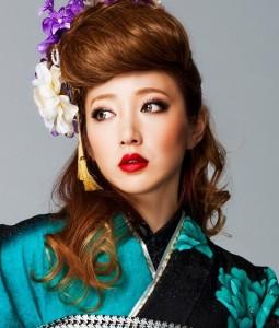 mohihi 255x300 【2014成人式】女子のモヒカン風ヘアースタイルで和風美人に!