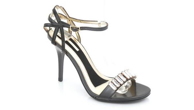 myul 【大丈夫?】結婚式のお呼ばれ女性が履く靴やヒールのマナー