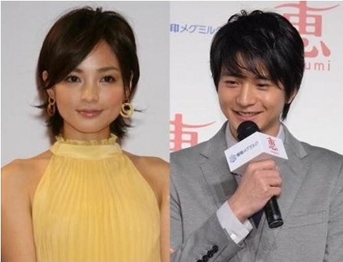 osamu 向井理が結婚する相手・国仲涼子とディープキスするカンニング竹山w